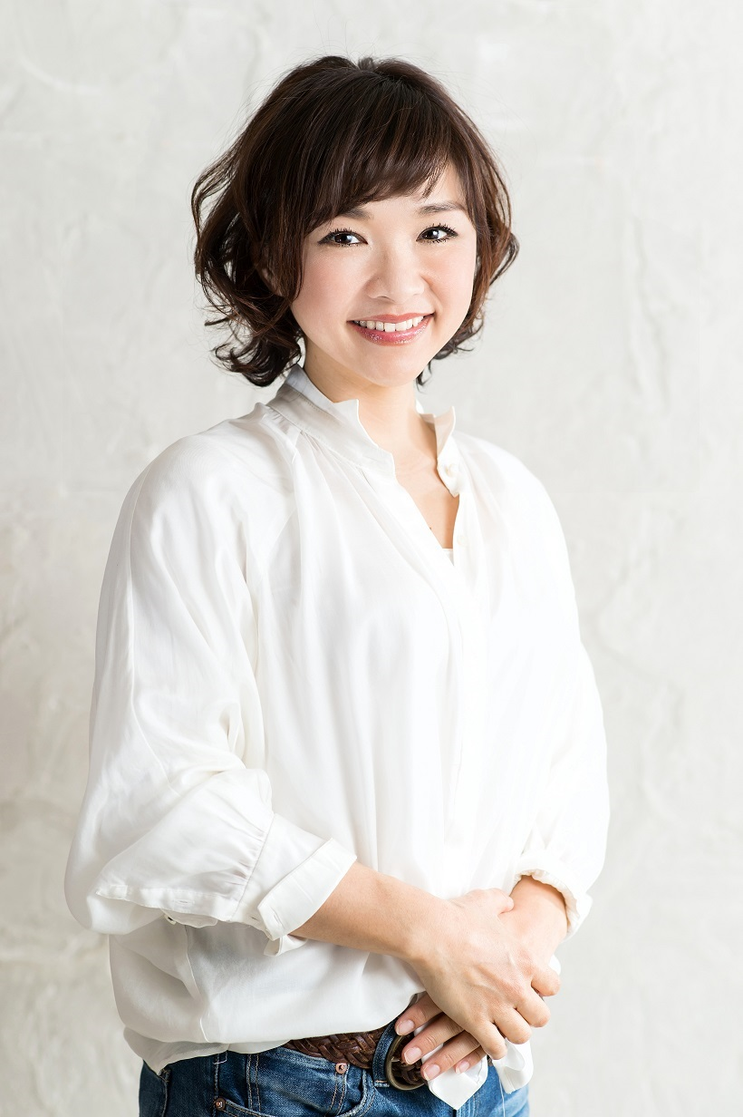 美キャリアラボ代表 平井聡子先生による美眉レッスンが受けられます